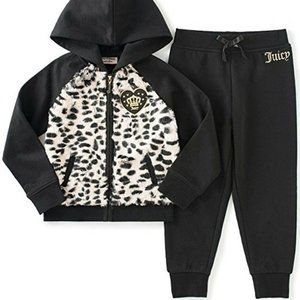 Brand new Juicy Couture Infant Girls 2pc Fleece